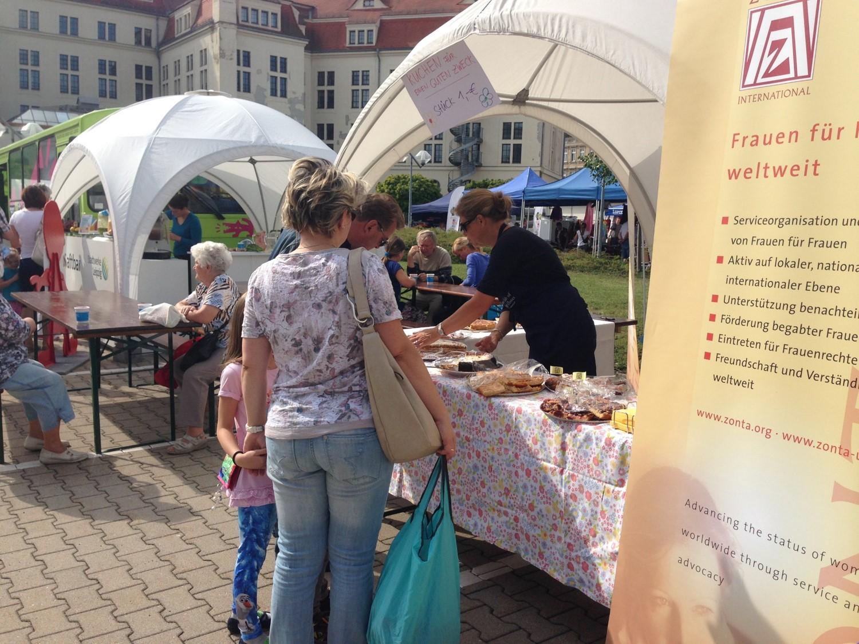 150913_Kuchen auf dem Stadtwerke Familienfest